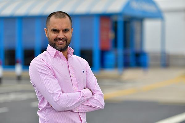 Waqaar Hussain - Property Director - Photo