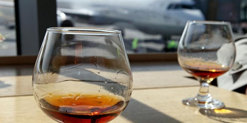 Best airport bars, cocktails