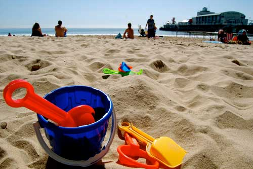 Easy easter family holidays, bucket and spade