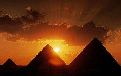 Adventure holidays, Pyramids