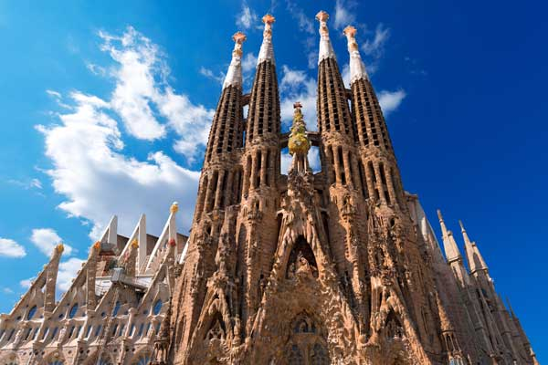 Sagrada Família Guide