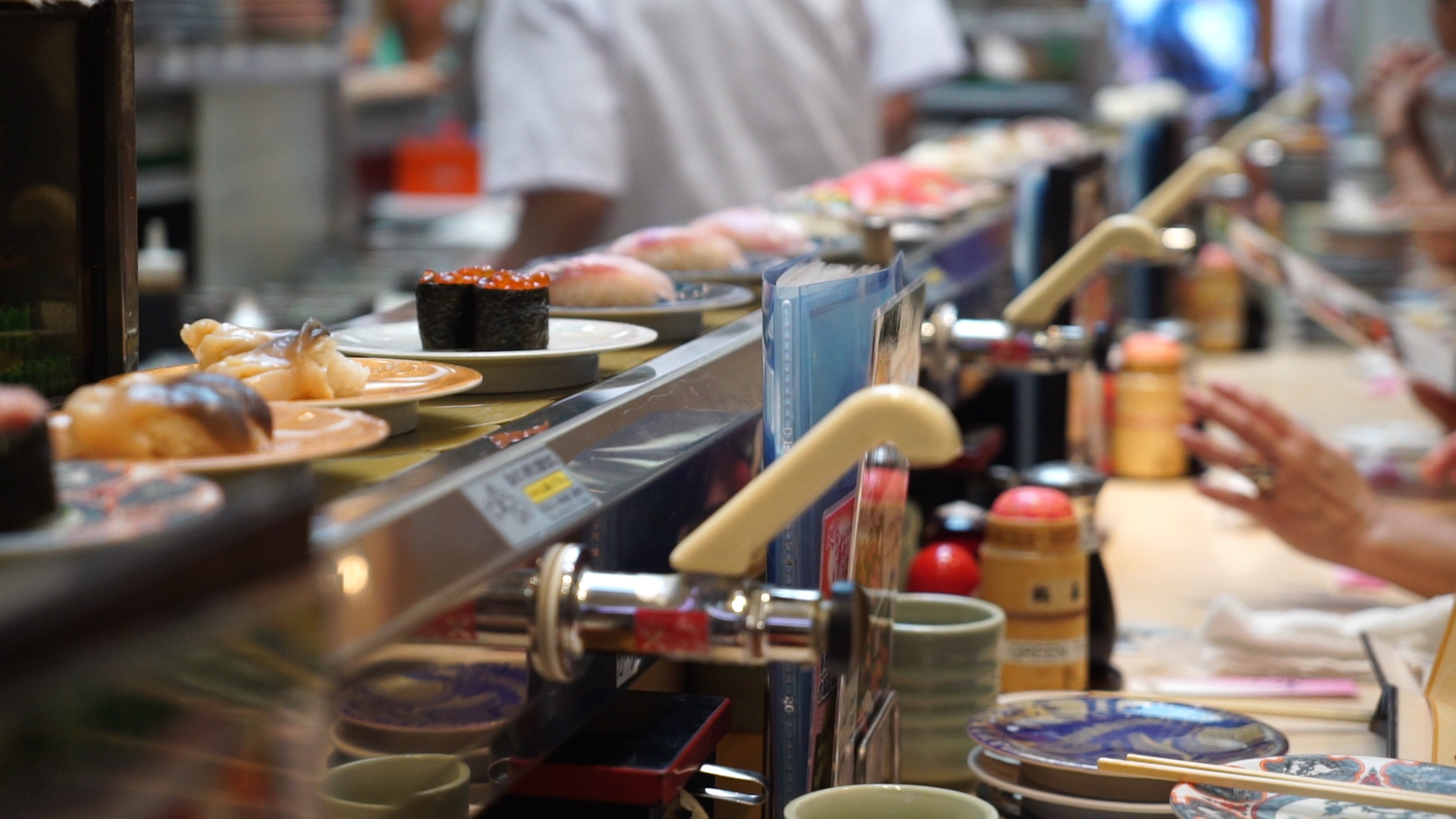Sushi conveyor belt, Tsukiji