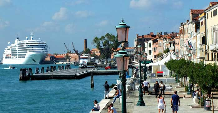 Cruise ships banned in Venice