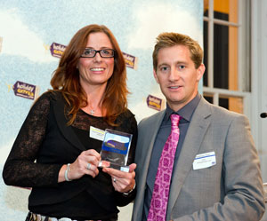 easyJet wins the Best Airline For Value For Money category at the HolidayExtras.com Awards