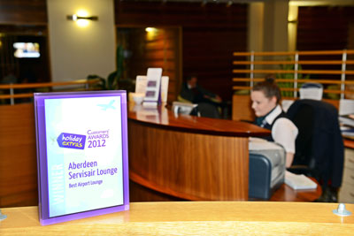 Aberdeen Servisair wins the Best Airport Lounge category at the HolidayExtras.com Awards.