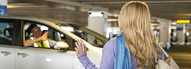 New deals on heathrow airport hotels from 29 with holiday extras heathrow airport hotels with meet and greet parking m4hsunfo