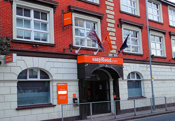 easyHotel Luton front