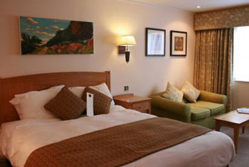 cheap bristol airport hotels