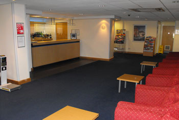 Travelodge Glasgow airport bar