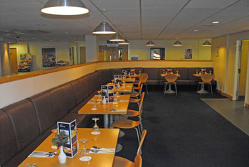 Travelodge Glasgow airport Bar Café