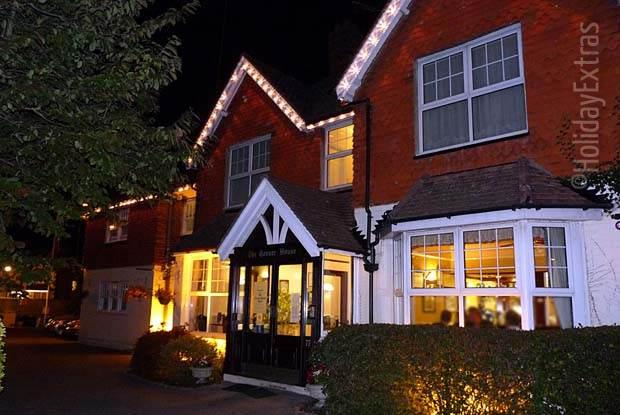 The warm and friendly Gatwick Corner House is especially inviting at night