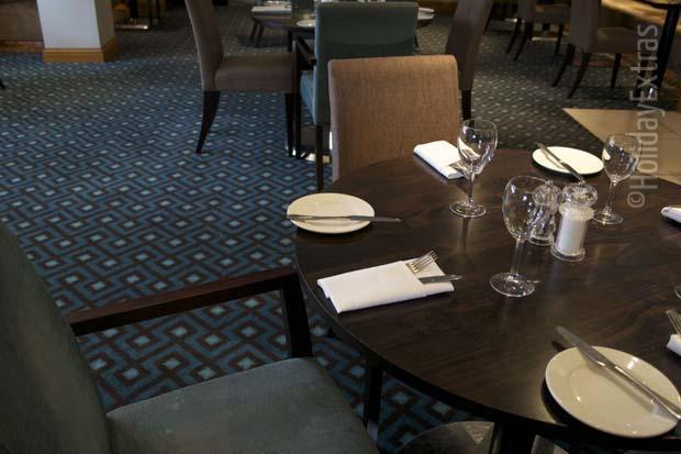 Brasserie restaurant at the Gatwick Menzies Chequers