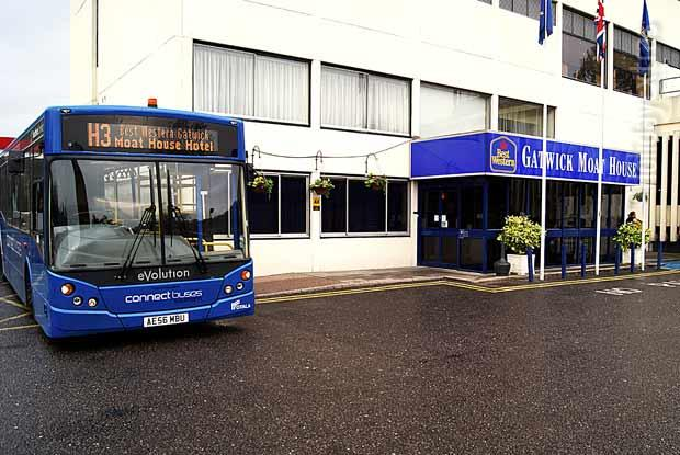 Gatwick Moat House shuttle bus