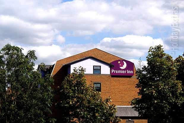Despite the leafy atmosphere the Premier Inn A23 Airport Way is just five minutes away from the airport