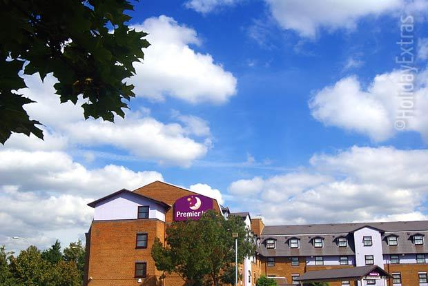 Sunny skies over the Premier Inn A23 Airport Way