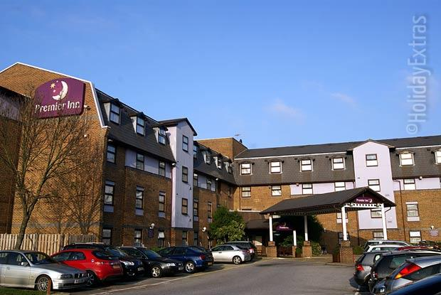 The friendly Premier Inn A23 Airport Way overlooks a large car park for guests