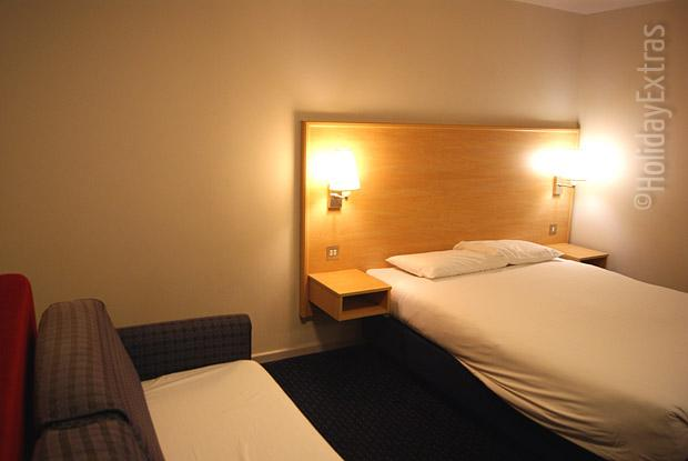 A double room with a sofabed at the Gatwick Travelodge