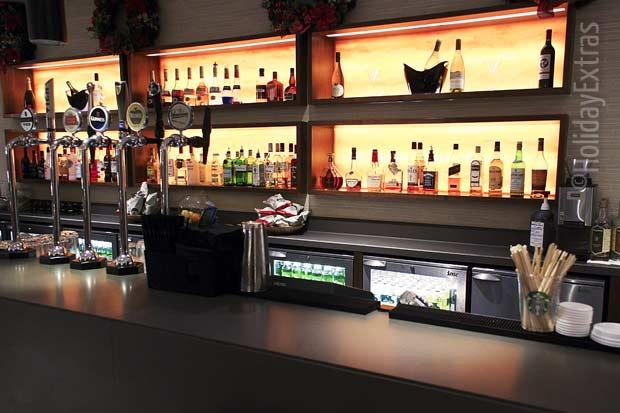 The bar at the Heathrow Crowne Plaza