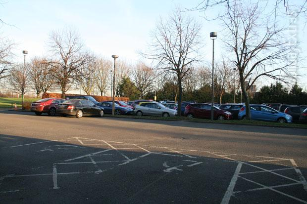 Holiday Inn M4 J4 parking