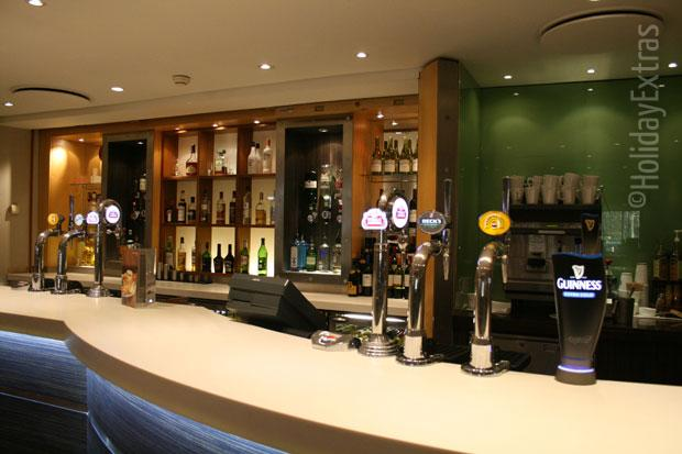 The bar at the Holiday Inn M4 J4