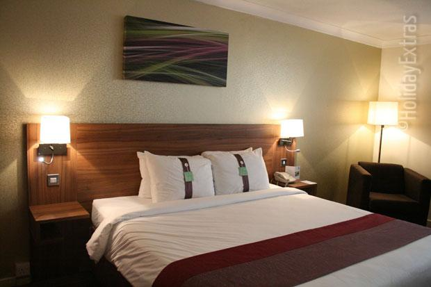 Double room at the Holiday Inn Slough Windsor