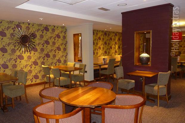 Premier Inn Heathrow restaurant