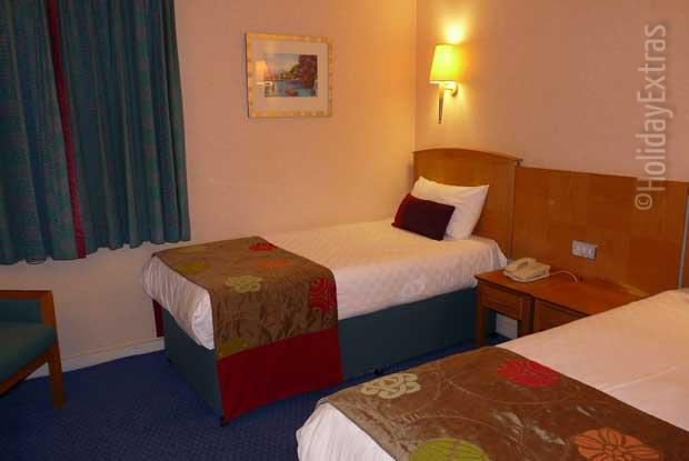 A Thistle Heathrow twin room