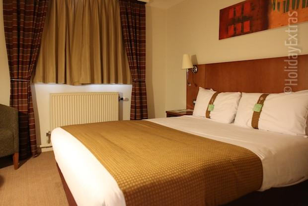 A double room at the Holiday Inn Luton South M1 J9