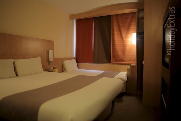 A triple room at the Luton Ibis