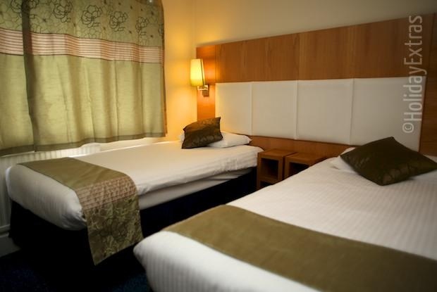 A twin room at the Altrincham Lodge
