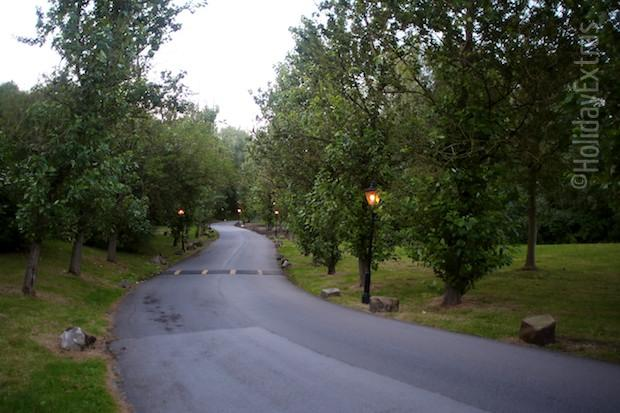 The driveway at the Britannia Country House