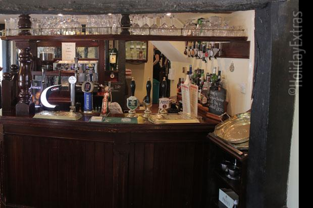 Warmans Barn bar