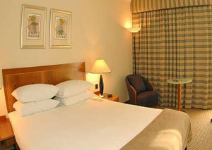 Book Gatwick airport hotels