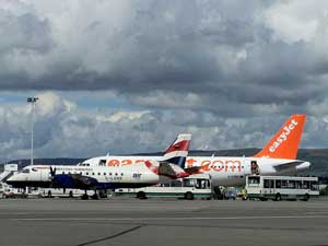 Planes at Glasgow international airport. Used under creative commons license from Robert Orr