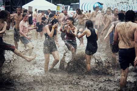 Mud fight!