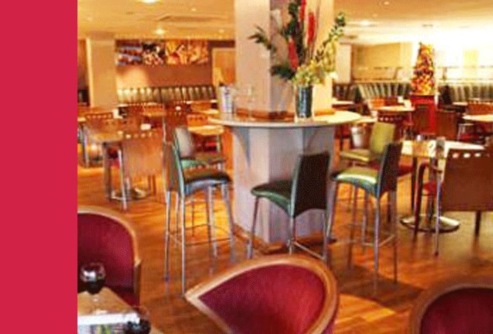 Restaurant at the Glasgow Airport Ramada Hotel